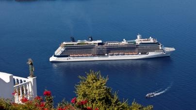 Celebrity Cruises svela le prime immagini della spettacolare doccia a picco sul mare a bordo di Celebrity Reflection
