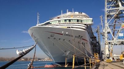 Prossima al debutto Carnival Breeze, la nuova ammiraglia Carnival ispirata ai temi tropicali.
