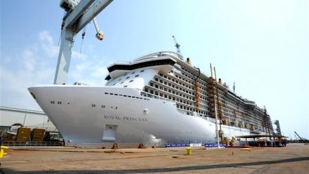 Fincantieri: varata a Monfalcone Royal Princess, la nave più grande mai costruita dal Gruppo Italiano
