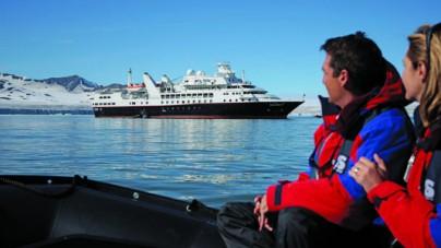 Silversea: danneggiata a causa del maltempo Silver Explorer. Quattro i feriti.