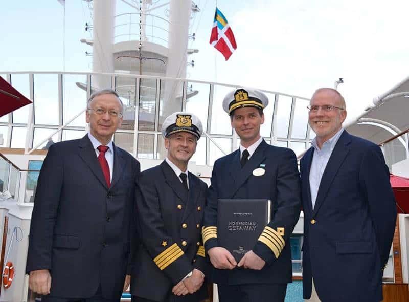 Norwegian Cruise Line: i cantieri Meyer Werft consegnano ufficialmente la nuova Norwegian Getaway