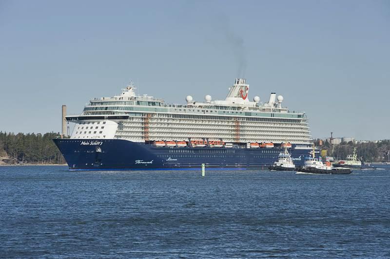 Tui Cruises Ordina Due Nuove Navi Da Crociera Al Cantiere