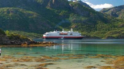 Scoprire i fiordi norvegesi a bordo dell'Hurtigruten con Chiariva