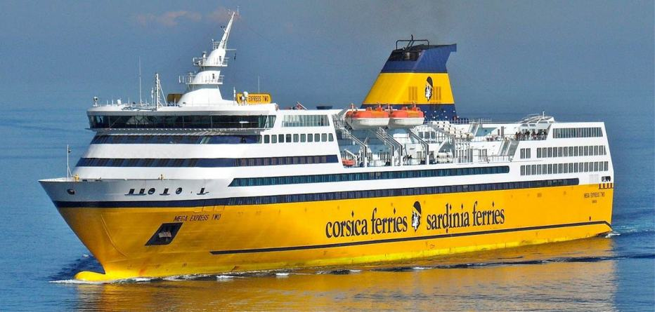 le navi gialle di corsica sardinia ferries sbarcano sui social dream blog cruise magazine. Black Bedroom Furniture Sets. Home Design Ideas