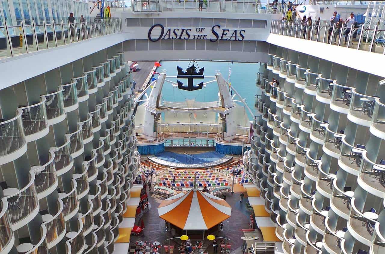 Oasis Of The Seas Arriva Nel Mediterraneo Il Dream Blog A Bordo Del Gigante Dei Mari Dream