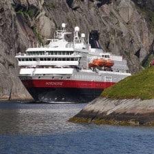 Con ARCTIC TEAM i bambini viaggiano gratis su Hurtigruten da ora e per tutto il 2015