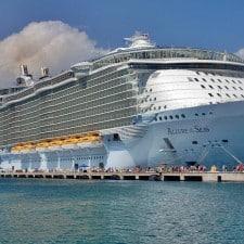 Royal Caribbean: fatturato in crescita del 50%. Focus sull'Asia