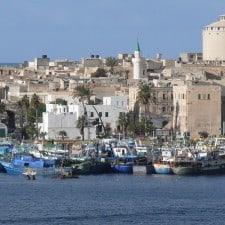 Terrore in Tunisia, turisti in ostaggio, tra loro anche passeggeri della Costa Fascinosa e della MSC Splendida