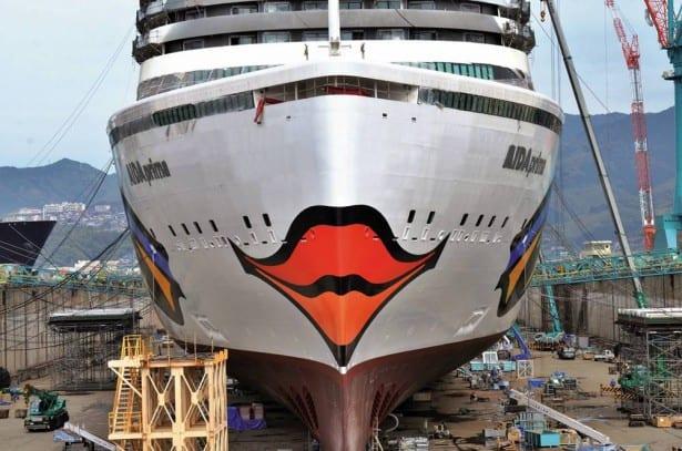Infos - les Ports, et Infrastuctures maritimes - Page 6 AIDAprima-erh%C3%A4lt-Kussmundbemalung1-615x407