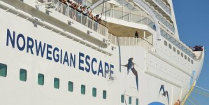 Norwegian Cruise Line: battezzata a Miami la nuovissima Norwegian Escape