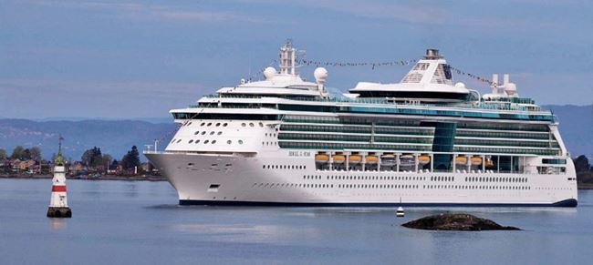 Crown and Anchor, Royal Caribbean, Royal Caribbean Club