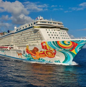 Norwegian Cruise Line stravince ai Caribbean & North America World Travel Awards 2016