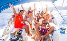 Mondovela: in flottiglia alle Cicladi per un'estate all'insegna del divertimento
