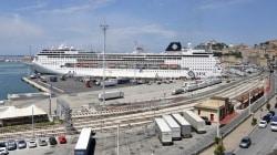 Maiden Call ad Ancona per MSC Sinfonia. Previsti 18 scali per oltre 45 mila passeggeri
