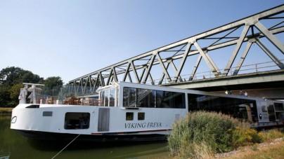 Viking Freya colpisce un ponte in Baviera, morti due membri dell'equipaggio