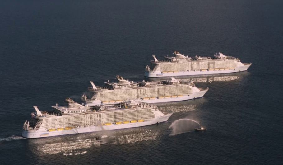 4/11/2016: Harmony of the Seas, Allure of the Seas, Oasis of the Seas per la prima volta insieme