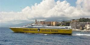 """Corsica Sardinia Ferries a sostegno delle le attività di Worldrise e del progetto """"Il Golfo dei Delfini"""""""