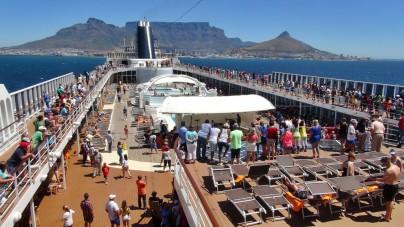 MSC Crociere: maiden call per MSC Sinfonia a Pomene Bay, perla del Mozambico