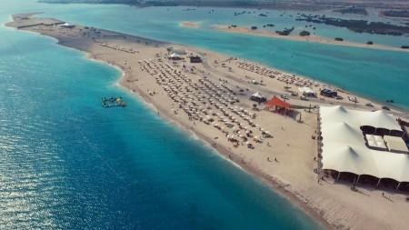 Emirati Arabi: apre ufficialmente la Sir Bani Yas Cruise Beach sull'esclusiva isola al largo di Abu Dhabi