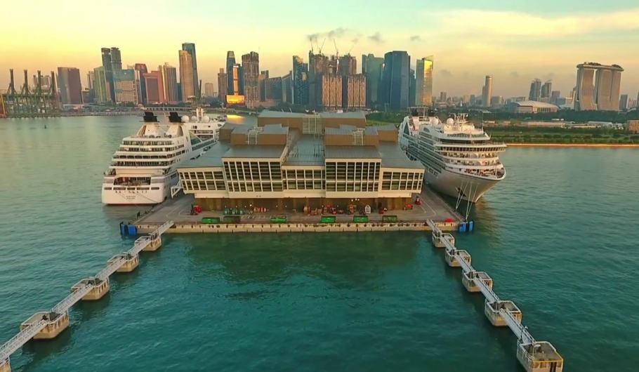 Seabourn Encore e Seabourn Sojourn arrivano a Singapore. Immagini HD dai droni