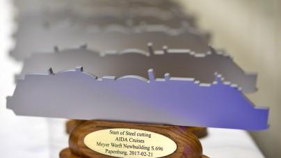 Meyer Werft e AIDA celebrano l'avvio della costruzione della prima nave da crociera al mondo alimentata a gas naturale liquefatto