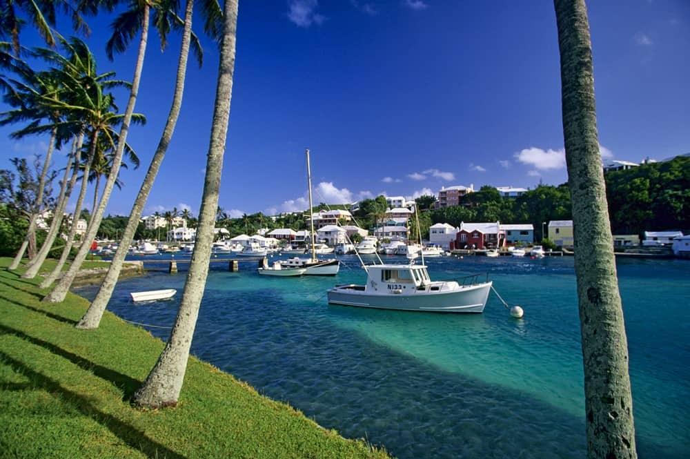 Bermuda, Carnival Horizon, Carnival Cruise Line