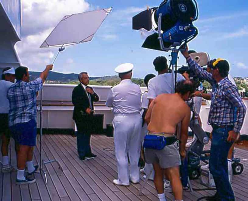 La croisiere pourquoi, comment!... - Page 5 1976-love-boat-filming-2-lg