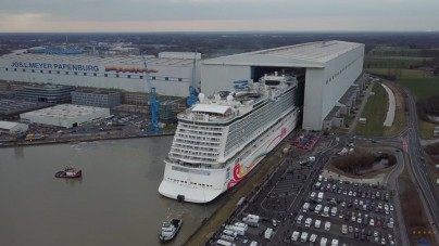 VIDEO: Norwegian Joy, il float out dall'altezza di un drone