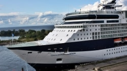 Pronta al restyling Celebrity Constellation