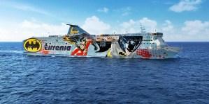 Tirrenia presenta a Genova la nuova Sharden con i Supereroi Batman, Robin e Joker