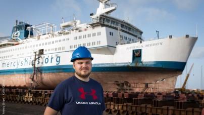 Il primo volontario del Gruppo Costa a bordo di Africa Mercy
