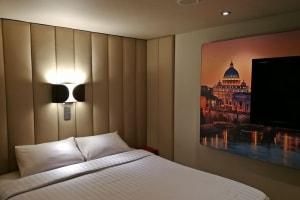Interna Bed e TV