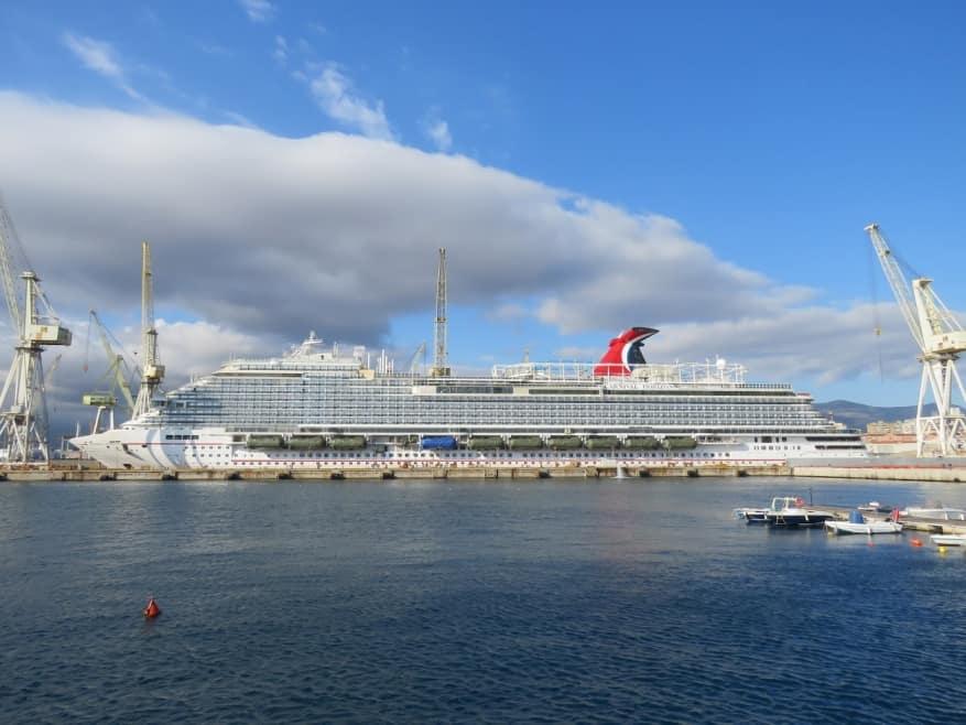 Carnival Horizon: nuove esclusive immagini in arrivo dal drydock di Palermo