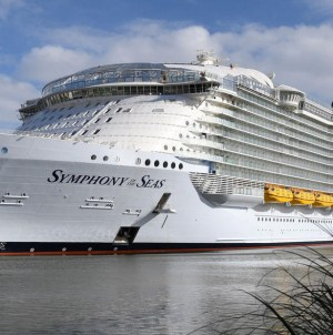 Symphony of the Seas, al via le operazioni di interporting a Civitavecchia