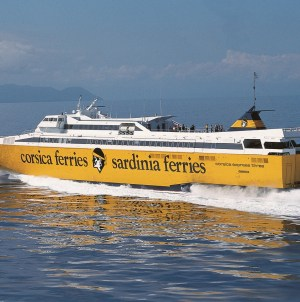 Corsica Sardinia Elba Ferries, al via il collegamento con l'isola d'Elba: Piombino-Portoferraio in 40 minuti