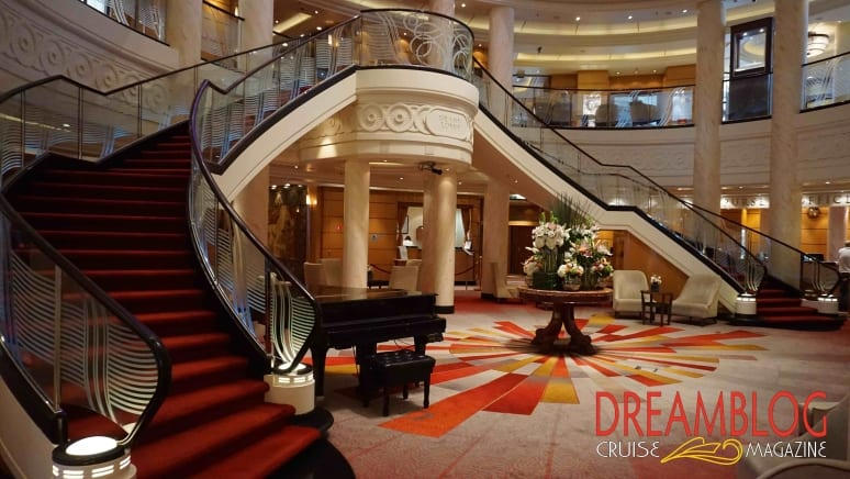 Queen Mary 2 Grand Lobby 1