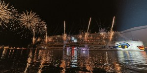 A Papenburg il battesimo di AIDAnova. Oltre 25.000 spettatori per la nuova Ammiraglia tedesca. A novembre il debutto