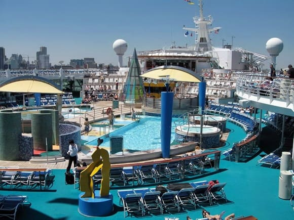 Voyager of the Seas - ponte piscine.