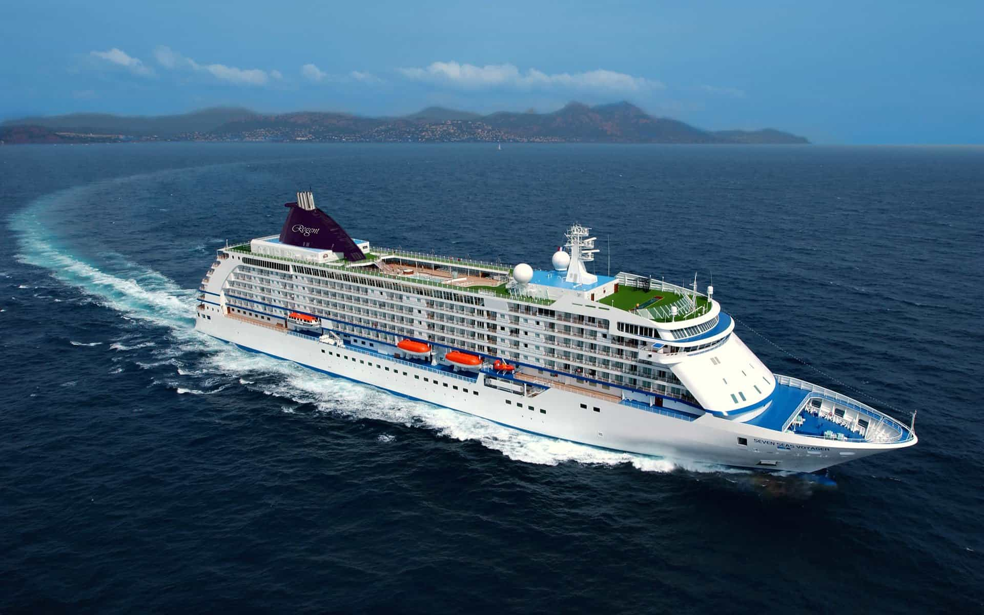 regent-seven-seas-cruise-ship