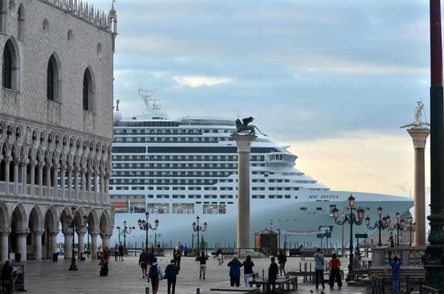 Navi da crociera a Venezia