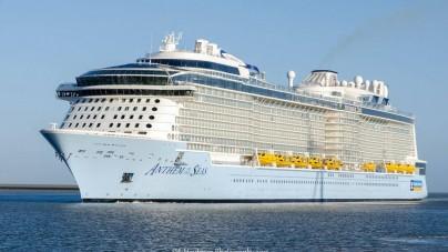 Royal Caribbean: l'agente di viaggio britannica Emma Wilby madrina di Anthem of the Seas