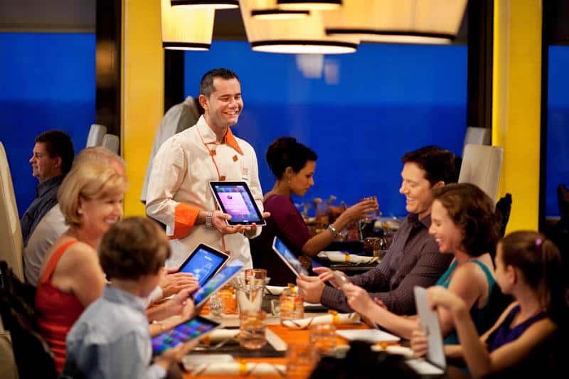 Qsine iPad 3 ©Celebrity Cruises