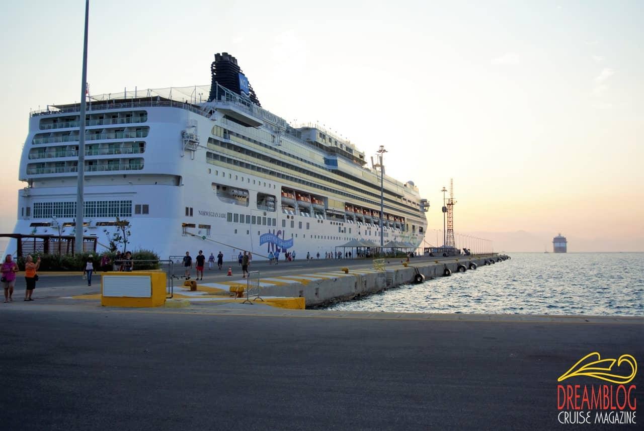 Norwegian Jade a Corfù, Norwegian Cruise Line
