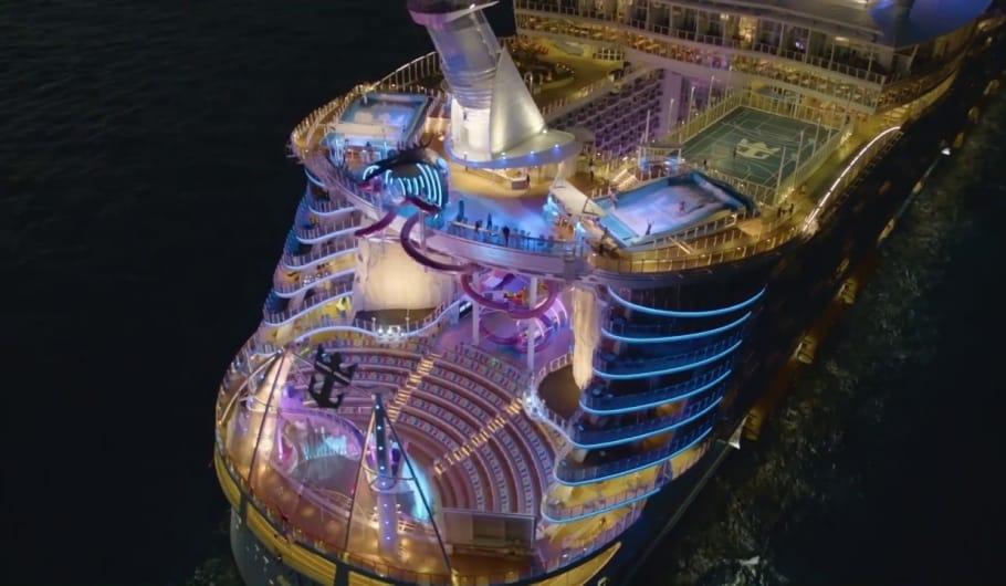 Harmony of the Seas: Aqua Theatre, un teatro sull'acqua esclusivo per spettacoli unici e suggestivi