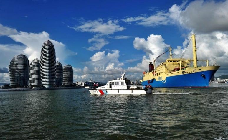 Paracel Islands, cruises
