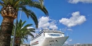 Il 'ritmo delle Baleari' a bordo di Costa neoRiviera. Reportage di viaggio: Minorca
