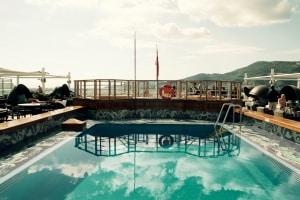 QV - Lido Pool