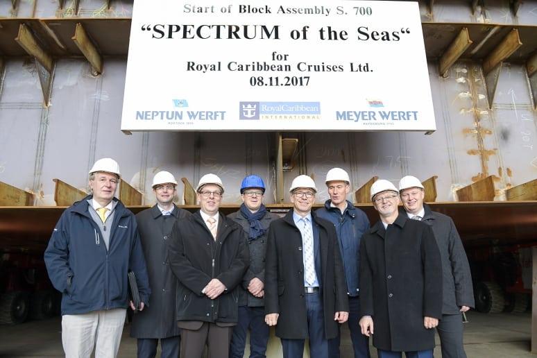 Spectrum of the Seas Posa Blocco 1