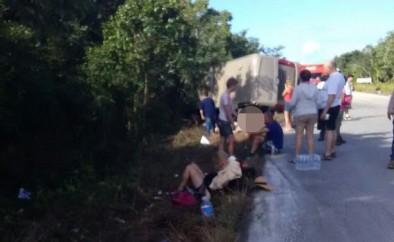 Messico, autobus si ribalta durante un'escursione di crocieristi Royal Caribbean e Celebrity Cruises. 12 morti e 15 feriti. Due gli italiani coinvolti