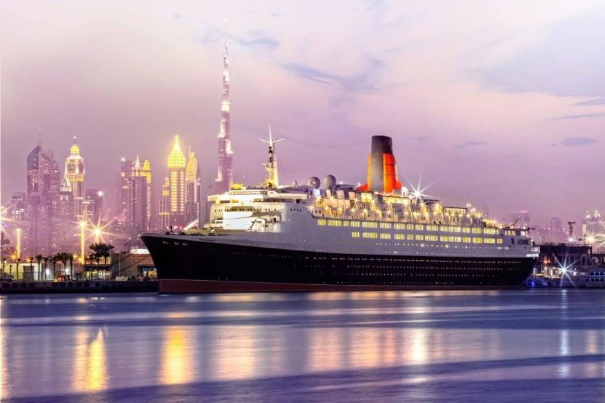 Queen Elizabeth 2 torna finalmente a nuova vita: a breve l'apertura come hotel galleggiante a Dubai